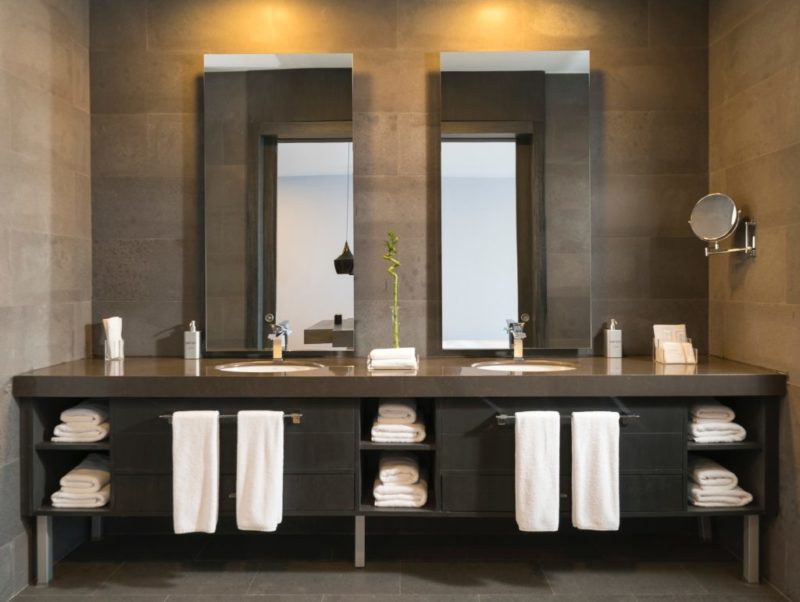 How To Pick The Right Bathroom Vanity Bathroom Showroom In Glendale