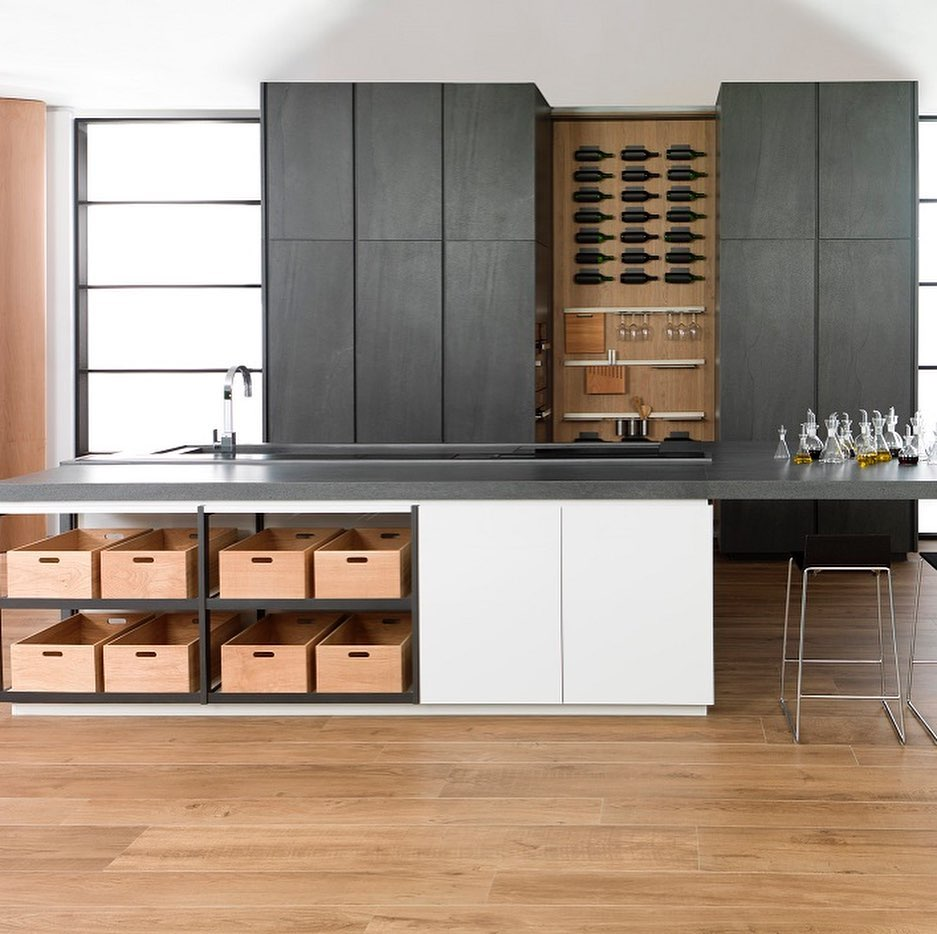 Luxury Kitchen - Amirian Home